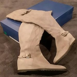 NEW Napoleoni Suede Boots, Over the Knee